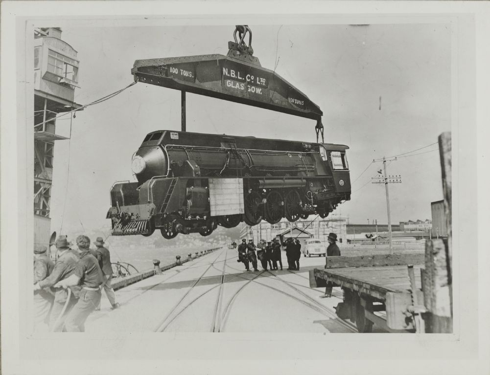 "North British Locomotive Company Glasgow (NBL) L923 New Zealand Government Railways ""J"" class loco being unloaded in N. Z."