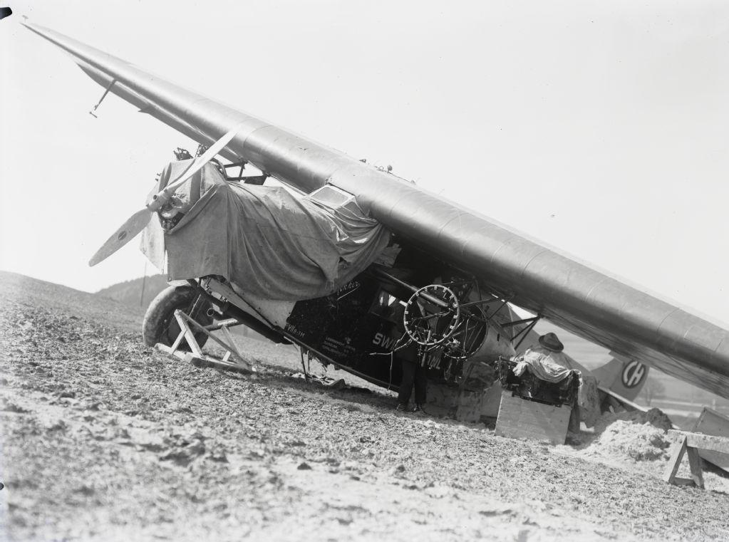 Notlandung der Fokker F.VII b-3m, CH-190