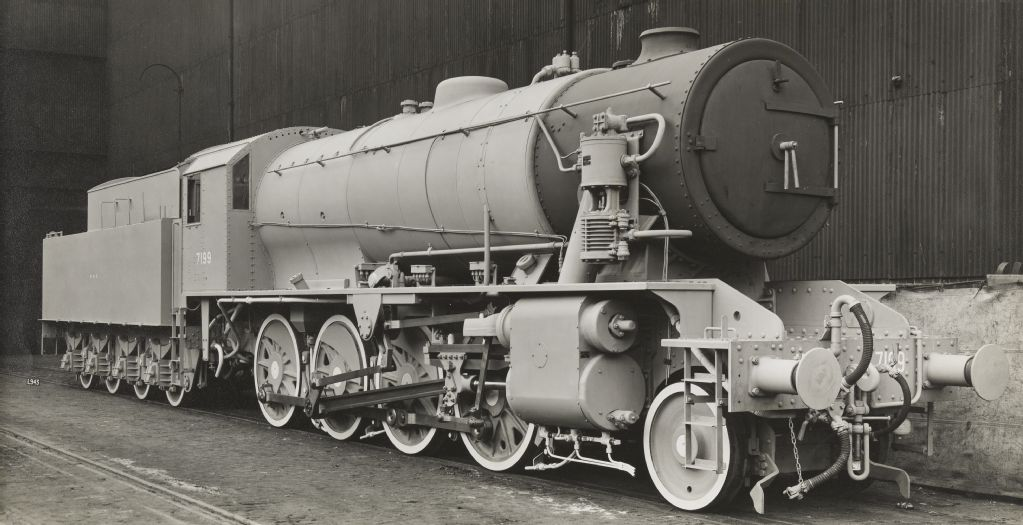 "North British Locomotive Company Glasgow (NBL) L943, Ministry of Supply 7199, ""Austerity"""
